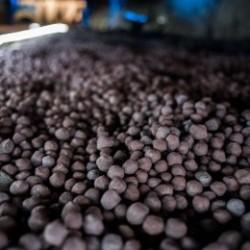 آهن اسفنجی صادراتی کم کربن بافت کرمان
